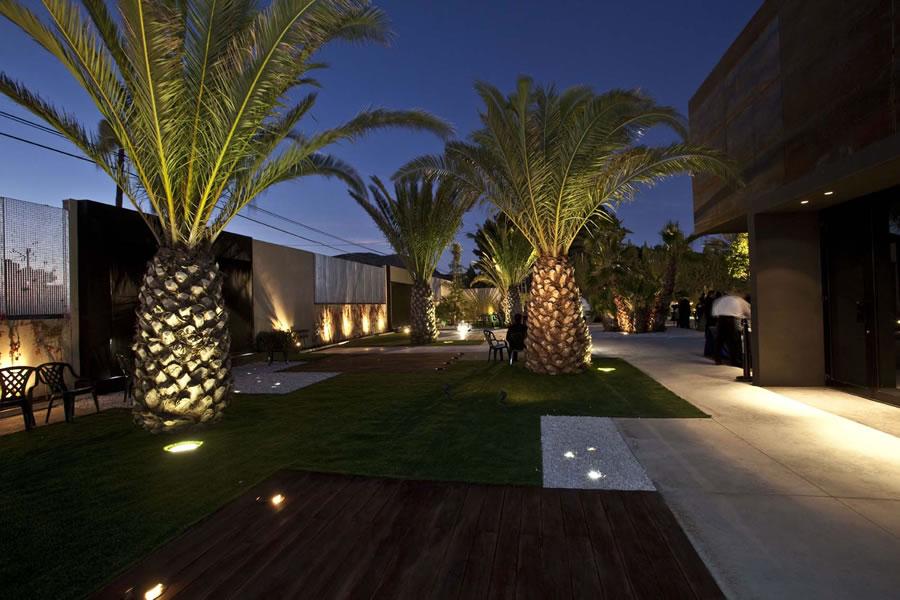 Jard n de las palmeras quinta lacy sal n de bodas for Iluminacion para palmeras